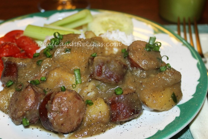 Smothered Potatoes and Sausage