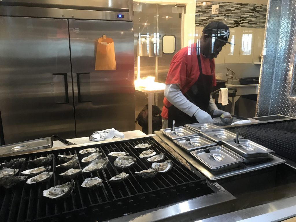 Fezzo's Grilled Oysters Live